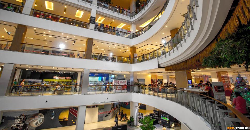 Торговый центр Central World