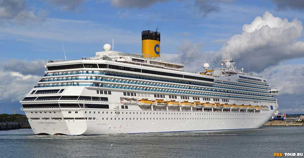 Круизный лайнер Costa Fortuna