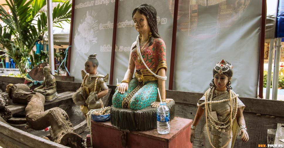 статуя призрака Мэй Нак Пхра Канонг