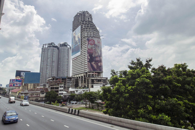 Sathorn Unique Tower — недостроенный небоскрёб в Бангкоке.
