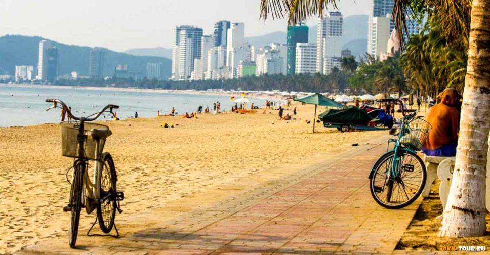 Нячанг славится живописными песчаными пляжами, а залив Нячанга считается самым красивым местом на планете.