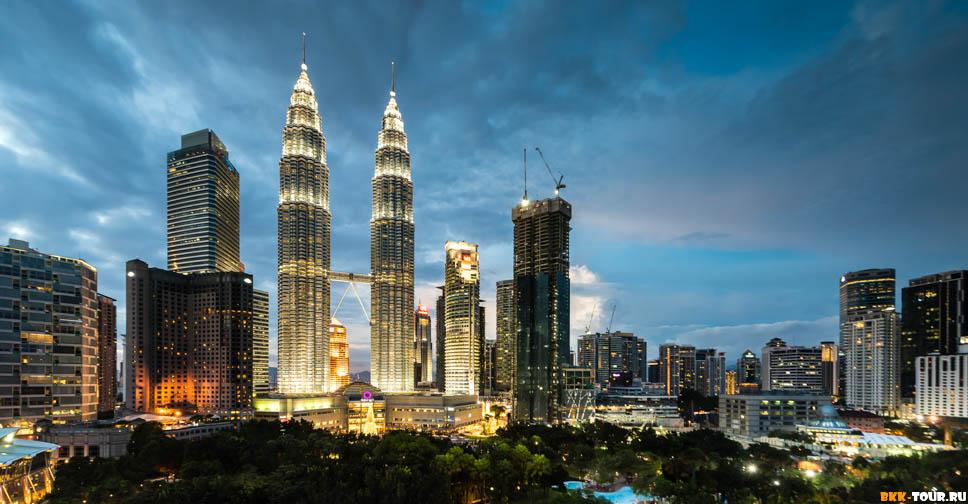 Twilight at the Petronas Twin Towers