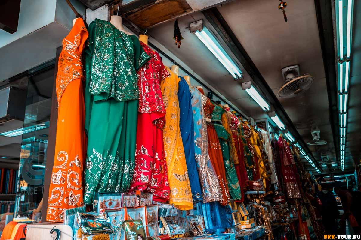 Сари в индийском квартале Бангкока
