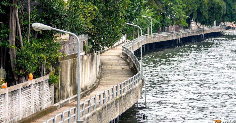 Пешеходная дорожка на канале Саен Саеп