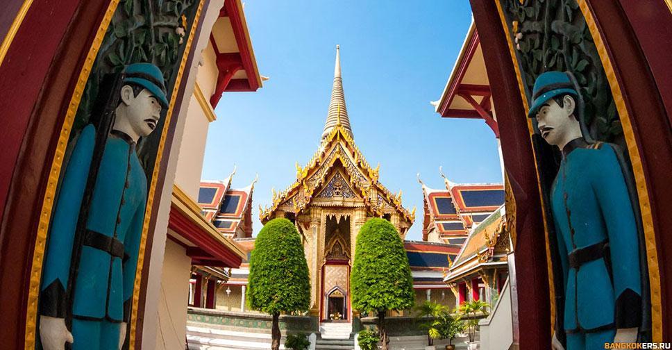 Храмовый комплекс Ват Ратчабопит (Wat Ratchabopit)