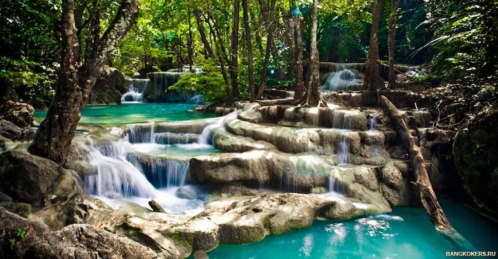 Водопад Эраван в одноименном национальном парке в Таиланде